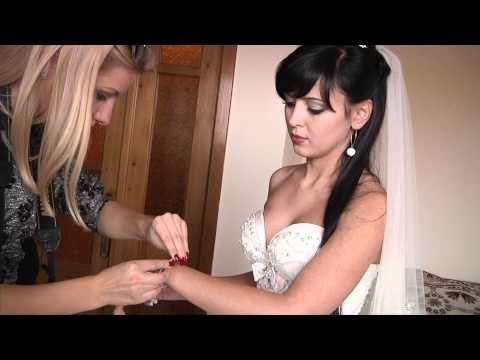 Одягання наречених