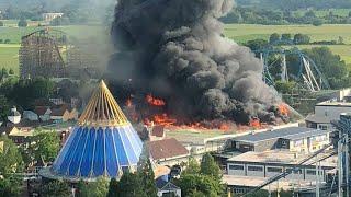 Meterhohe Rauchwolken: Großbrand im Europapark