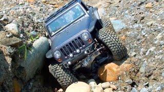 getlinkyoutube.com-Bender Customs - Axial SCX10 - Jeep JK8 - Off Road - Maine