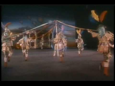 ''FERIA EN TLAXCALA'' Ballet Folklorico De Amalia Hernandez.wmv