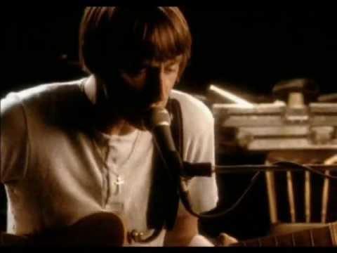 Amongst Butterflies de Paul Weller Letra y Video