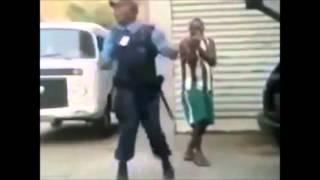 getlinkyoutube.com-POLICIAL BICHA DANÇANDO E PRA MORRER DE RIR