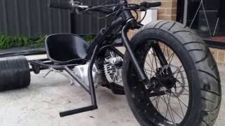 getlinkyoutube.com-80cc 3 speed motorised drift trike 70km/h