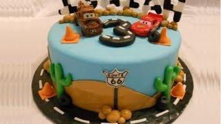 getlinkyoutube.com-Torta per bambini  Cars Disney Saetta McQueen,TUTORIAL SEMPLICE e VELOCE