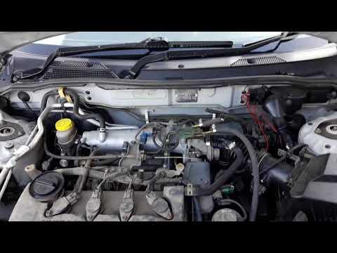 Где в Nissan Пульсар находится датчик холостого хода