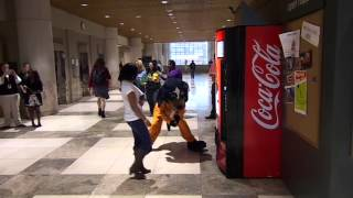 getlinkyoutube.com-The University of Tennessee Coca-Cola Happiness Vending Machine