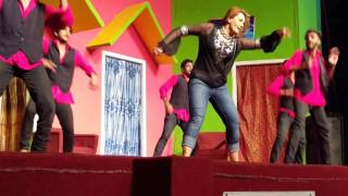 getlinkyoutube.com-Nargis indian medley