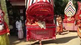 getlinkyoutube.com-Thamburatti Theyyam - Meppoyil Bhagavathi Kavu