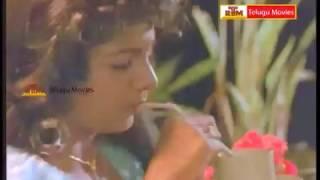 Rajendra Prasad Video Song - Aa Okkati Adakku Movie - Ramba Video Song