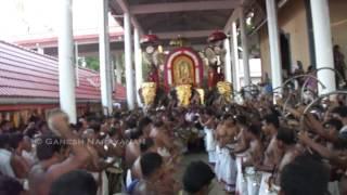 getlinkyoutube.com-Paandi Melam - Mattannoor & team - Nemmara Vallangi Vela 2012