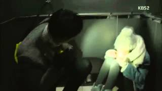 getlinkyoutube.com-Healer: Jung-Hoo Saves Young-Shin (Elevator)