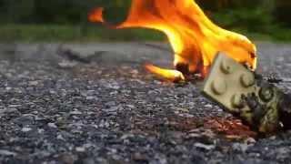 getlinkyoutube.com-Burning Fake Legos!