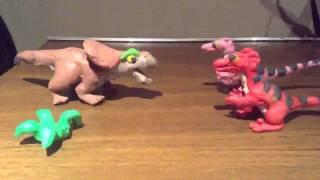 getlinkyoutube.com-Velociraptors vs protoceratops stop-motion animation