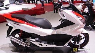 getlinkyoutube.com-Honda PCX Customized Concept - Walkaround - 2015 Tokyo Motor Show