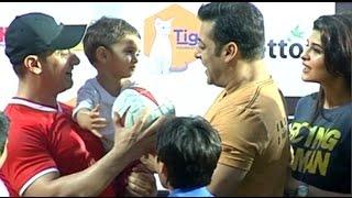 getlinkyoutube.com-Salman Khan Unconditional Love For Aamir Khan Son