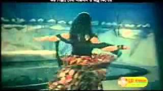 getlinkyoutube.com-manna mousumi hot song 1