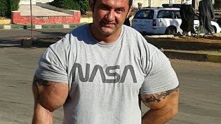 getlinkyoutube.com-man with  biggest arms use synthol