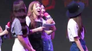 [Fancam] 150615 Red Velvet & Lay & Zhoumi at SUPERSTAR SMTOWN Fanmeeting in Beijing 8