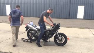 getlinkyoutube.com-Yamaha RD500LC RZ500 first start