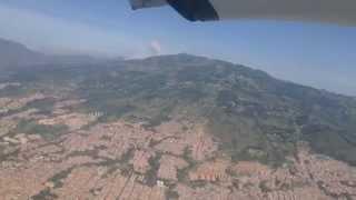 getlinkyoutube.com-Panorámica de Medellín: Despegue / Take-Off desde Olaya Herrera EOH en Dornier 328 de ADA