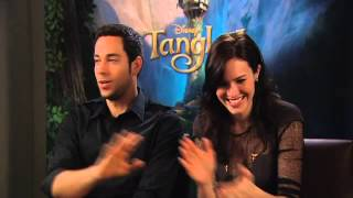 getlinkyoutube.com-Tangled interviews Mandy Moore + Zachary Levi with Renee Brack h264