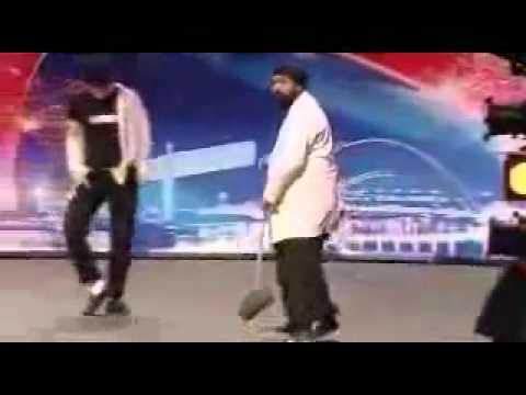 Daring Indian PunJabi dance in American idol live show