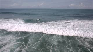 getlinkyoutube.com-Surfing Encuentro Beach Dominican Republic (5DmkIII aerial video)