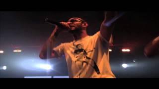 Swizz Beatz donne un preview de son prochain morceau sur scène