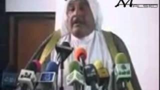 getlinkyoutube.com-شاعر عراقي يُهزئ محافظ الناصرية وجهاً لوجه ..
