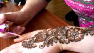 getlinkyoutube.com-Henna Mehndi For Eid 2009