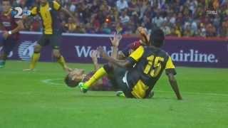 Neymar vs Malaysia XI HD 720p (10/08/2013)