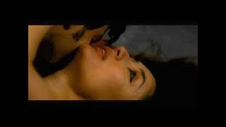 Kareena Kapoor and Arjun Rampal nail this sex scene!