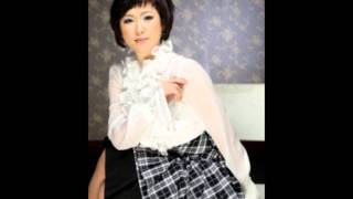 getlinkyoutube.com-김용임 메들리 트로트 대백과 3집 55분37초