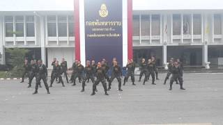getlinkyoutube.com-ทหารเต้น หนุ่มฟ้อ หล่อเฟี้ยว