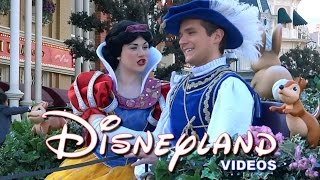 getlinkyoutube.com-La Magie Disney en Parade - Disneyland Paris 2014/2015/2016 HD