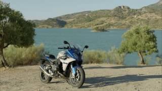 getlinkyoutube.com-BMW R1200RS - BMW R 1200 RS DESIGN and RIDING