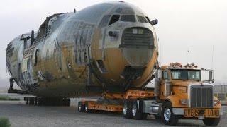getlinkyoutube.com-Huge transporter, wide load oversize load, biggest transport in the world