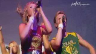 getlinkyoutube.com-S Club 7 - Stand By You [Hannah Spotlight - Party Live 2001]