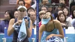 getlinkyoutube.com-Martina Hingis vs Maria Sharapova