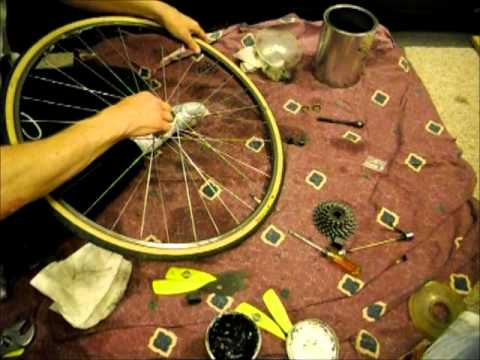 How To Overhaul The Hub Of A Rear Bike Wheel
