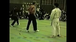 getlinkyoutube.com-Pencak Silat VS Karate