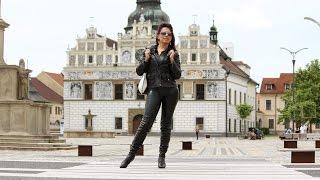 getlinkyoutube.com-Leather outfit