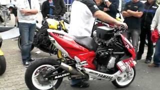 getlinkyoutube.com-Hester Yamaha Aerox 1000cc Scooter-Roller 150PS World Fastest Scooter