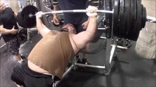 getlinkyoutube.com-525lbs Raw Incline Bench Press!