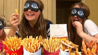 getlinkyoutube.com-French Fries Challenge By Girls - Scary Spider Prank - Kids Swimming