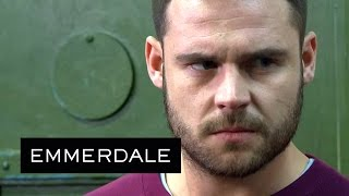 Emmerdale - Aaron Defends a Fellow Gay Prisoner