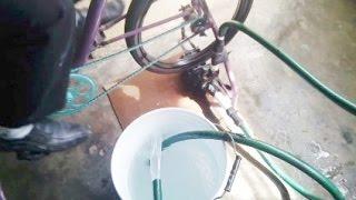 getlinkyoutube.com-Bomba de agua casera sin electricidad INVENTOS CASEROS INGENIOSOS