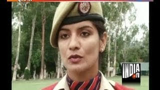 getlinkyoutube.com-Jammu and Kashmir unveils its first women commando squad