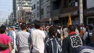 getlinkyoutube.com-大乱闘 幼女恐泣 三社祭2015 本社神輿 二之宮渡御 浅草中 2015.5.17