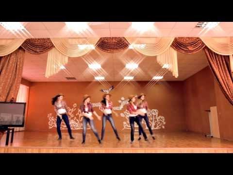 Новый зажигательный танец от старшеклассников